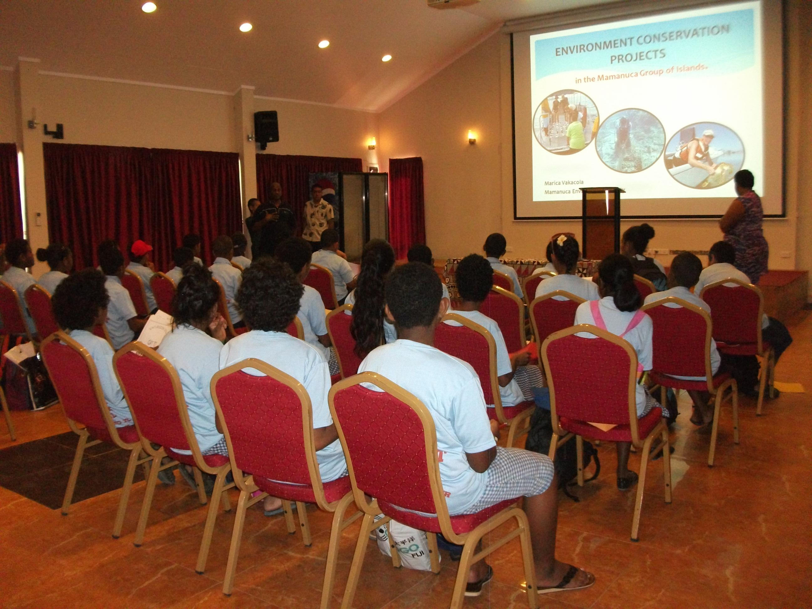 Pupils explore the Mamanuca group