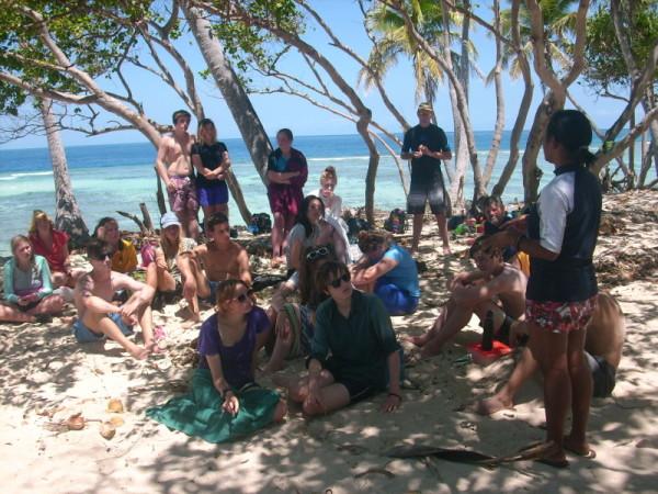 Ivan Hoe Grammar School visit Yanuya Island